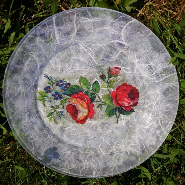 Krožnik okrasni z vrtnico